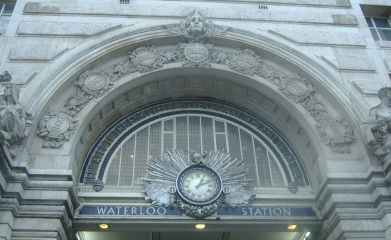 Waterloo Station Entrance Clock 550x338